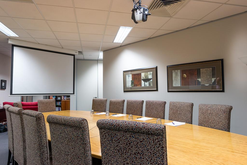 Rooms: Open Plan Meeting Room